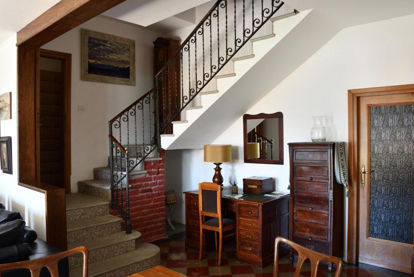 Argegno apartment living room