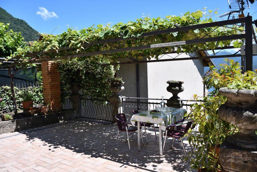 Argegno apartment outdoor