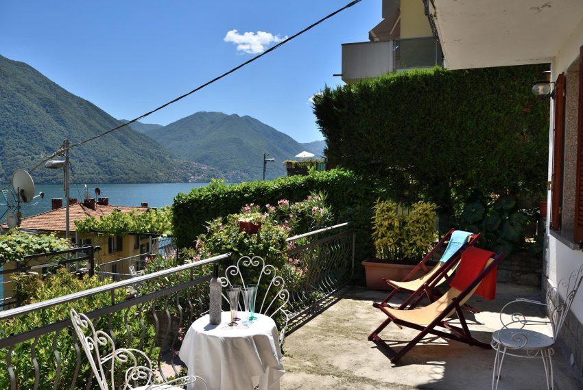 Large balcony Argegno apartment