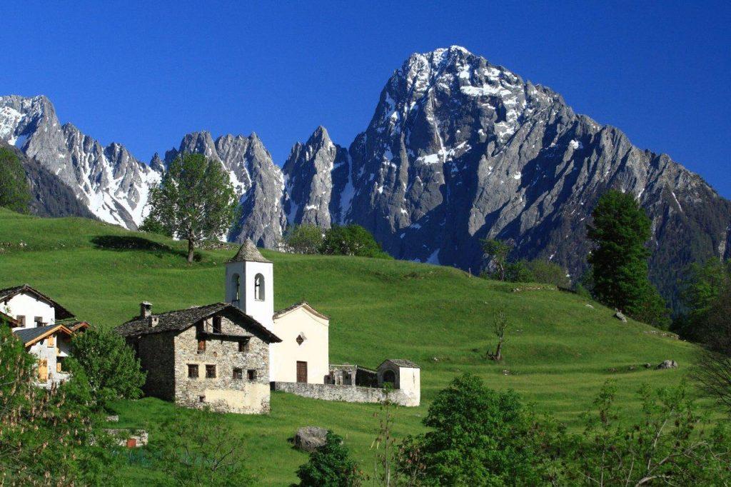 Valchiavenna and its Villages
