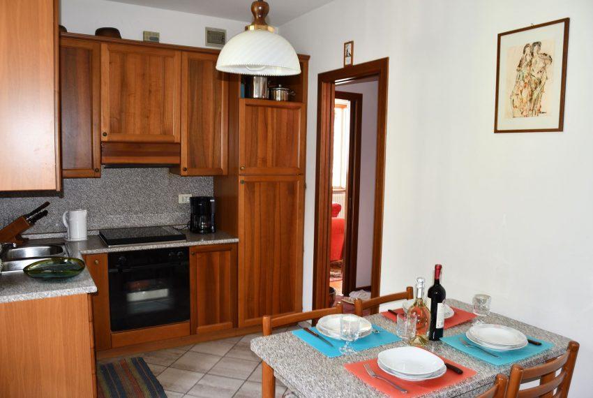 16.Argegno apartment - kitchen