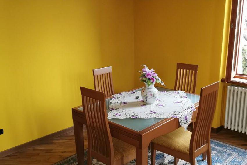 Dining room Apartment in Villa Lake Como