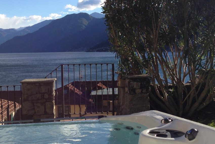 10.Incredible view Villa Argegno with Jacuzzi