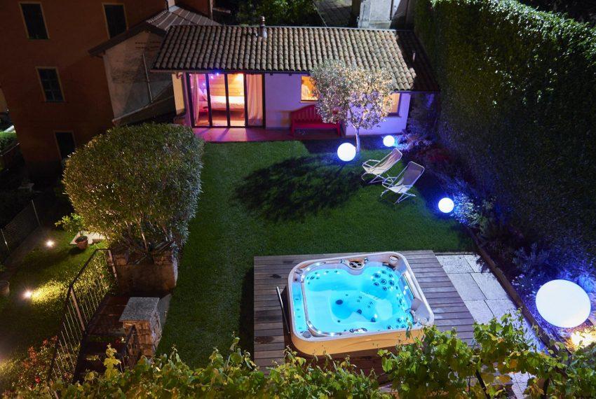 10.Luxury holiday Villa in Argegno