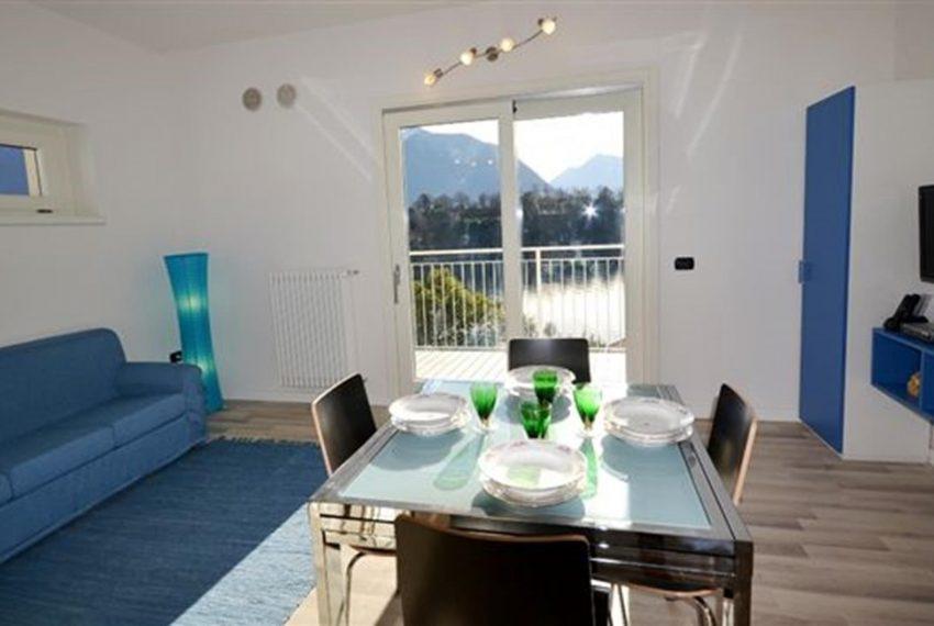 13. Openn space with sofa apartment Lake Como