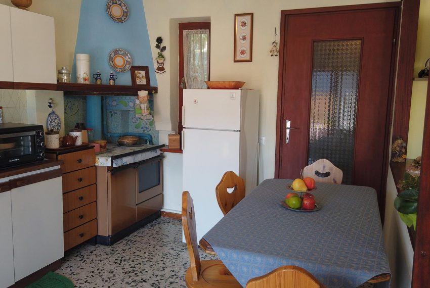 17. Kitchen Sala Comacina apt