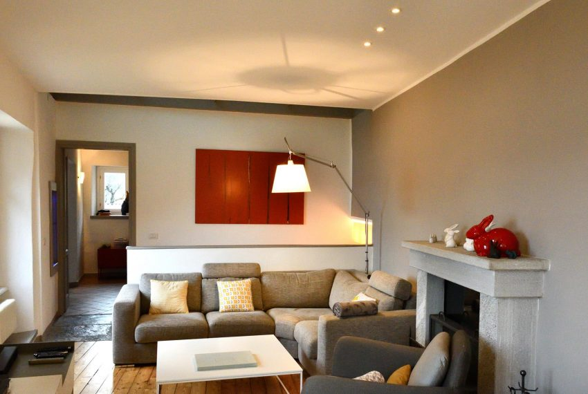 18. Argegno Mi Ca' house for rent
