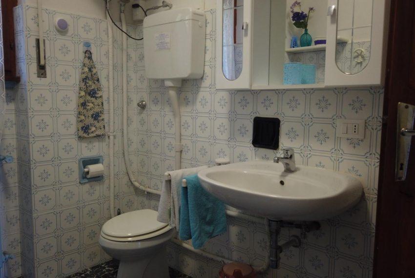 19. Bathroom Sala Comacina apartment