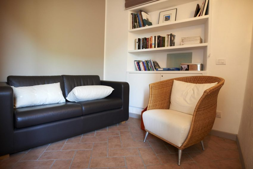 21.Huge bedroom with relaxing area Argegno Lake Como