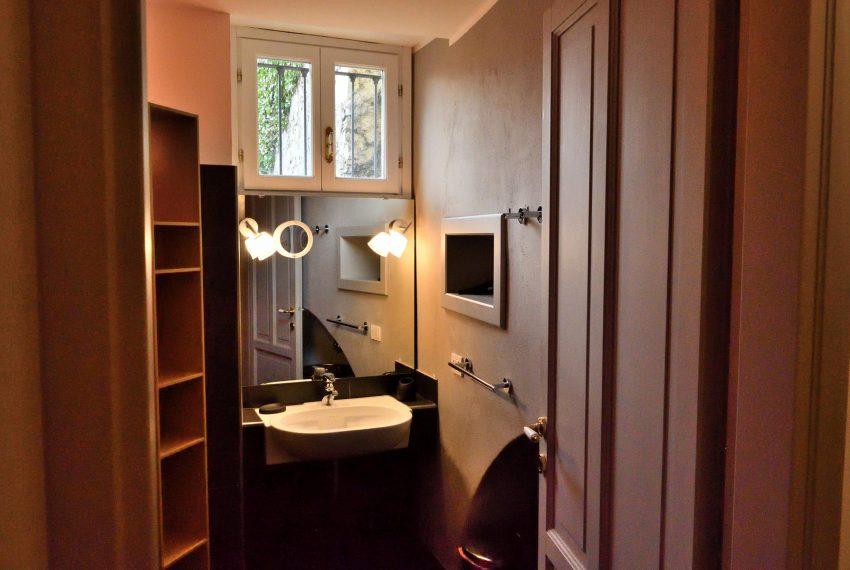 21a. Modern bathroom Argegno Lake Como