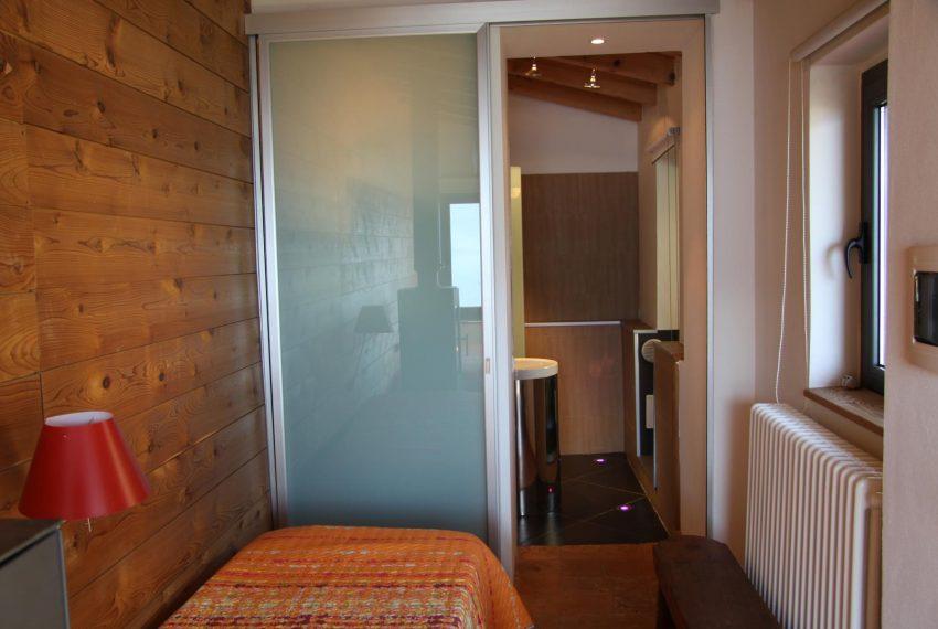 22.bedroom Villa Argegno dependance
