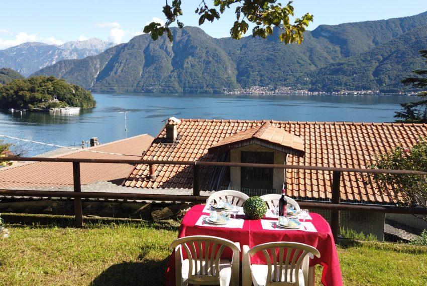 26. Relaxing area Sala Comacina apt
