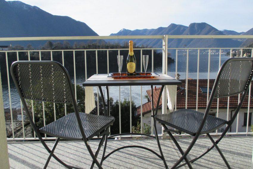 3. Terrace view Lake Como