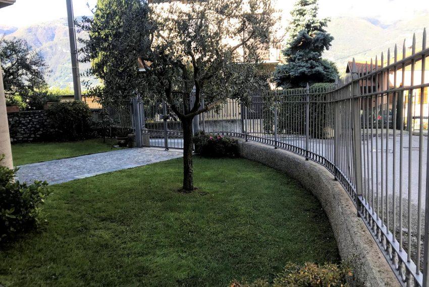 Front garden - apartment Lezzeno