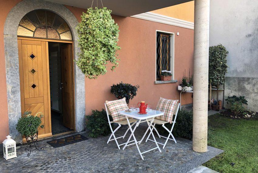 Modern apartment Lezzeno - outside area