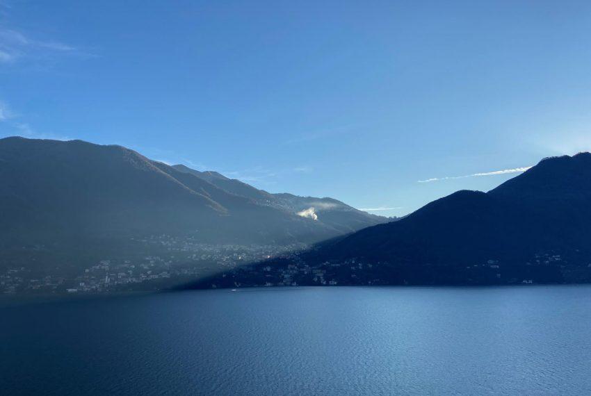 1. Lago di Como