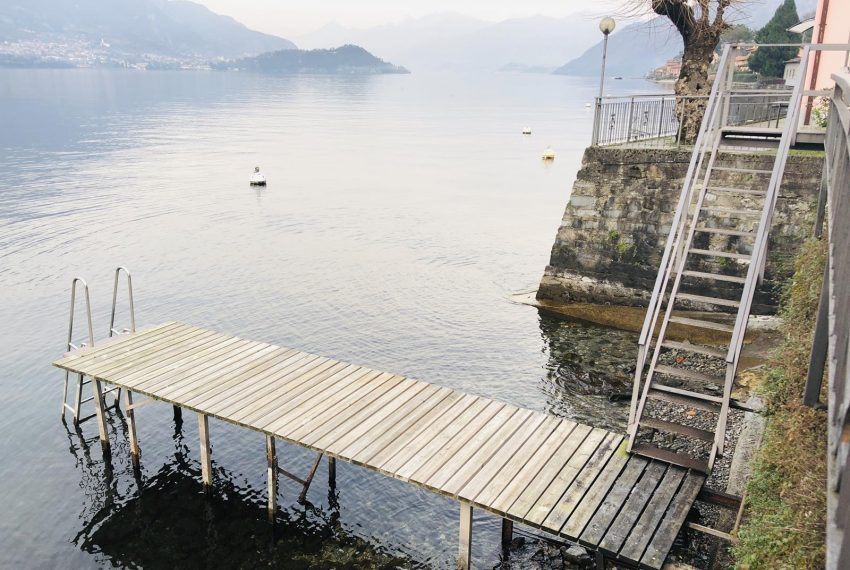 2. Free access to the lake Lezzeno accomodation
