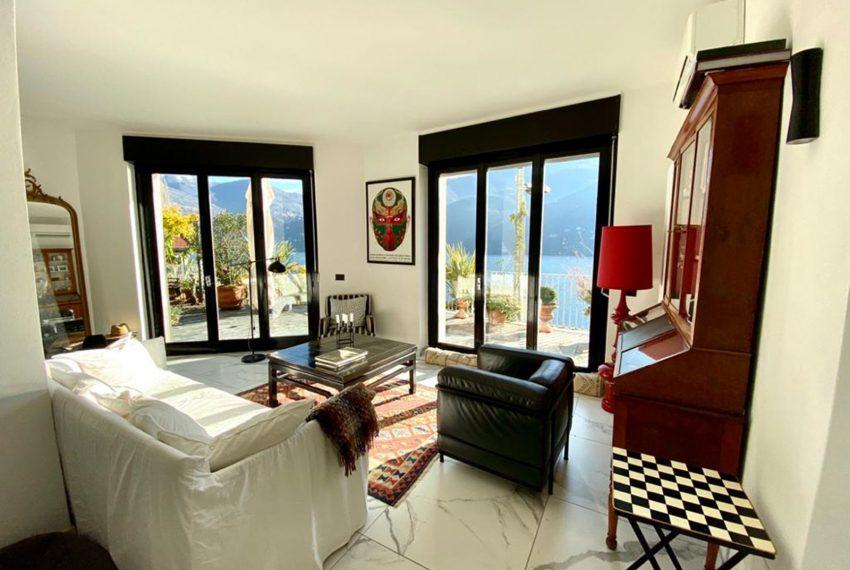 21. Living room holiday house Lake Como
