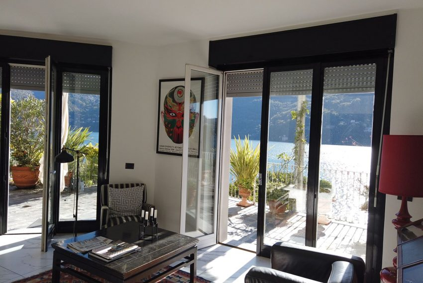 27. Modern house in Carate Urio to rent