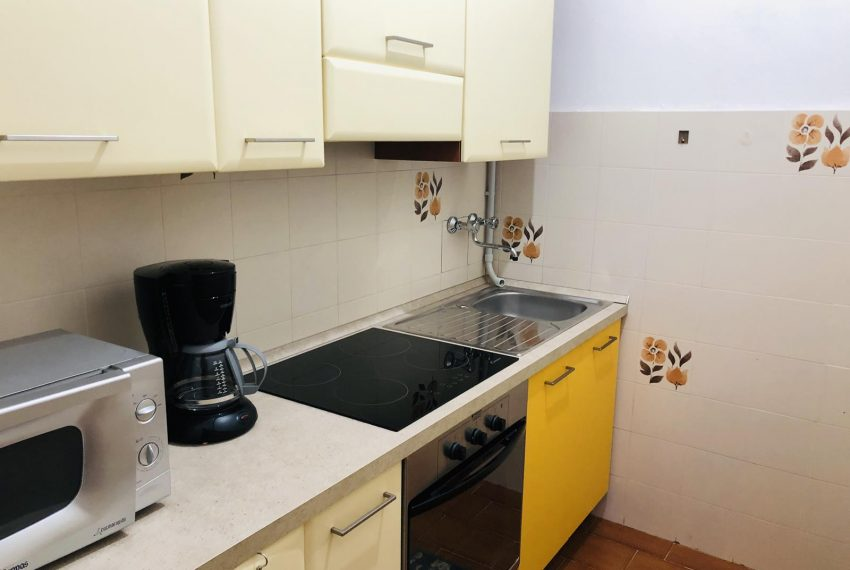 4. Kitchen equipped Lezzeno holiday property
