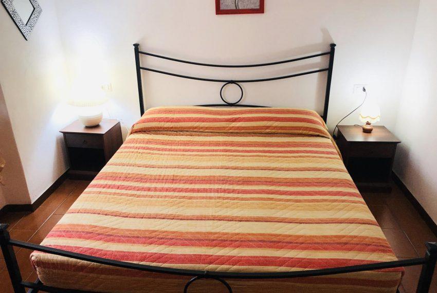 8. Holiday apartment Lake Como bedroom