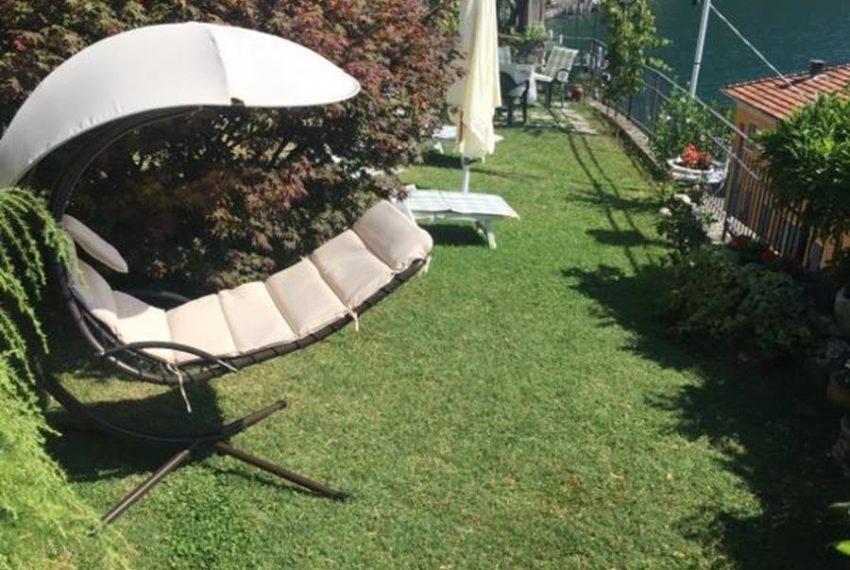 1.Small garden with deckchair