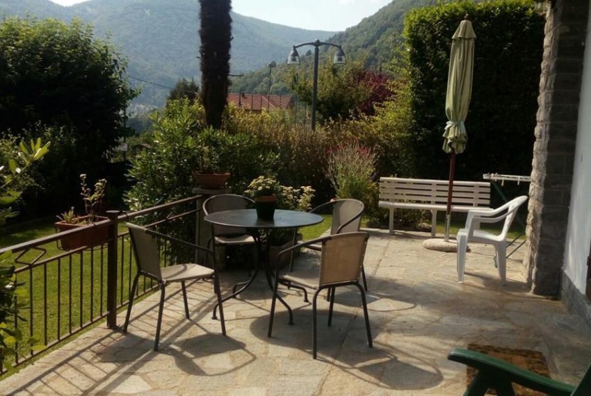 3. Apartment with patio Lake Como