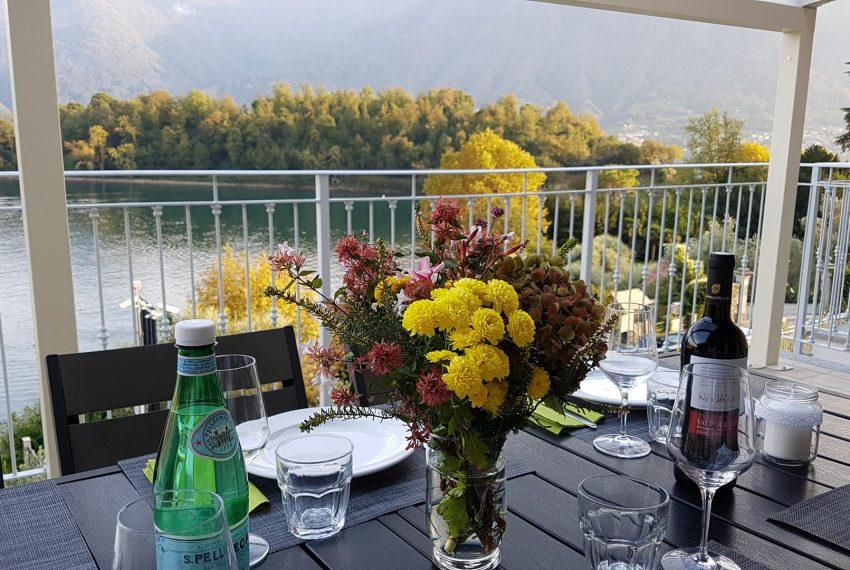 12. A balcony directly on Lake Como
