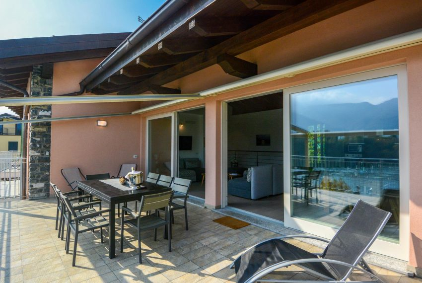 24. First floor terrace Villa Ossuccio Lake Como