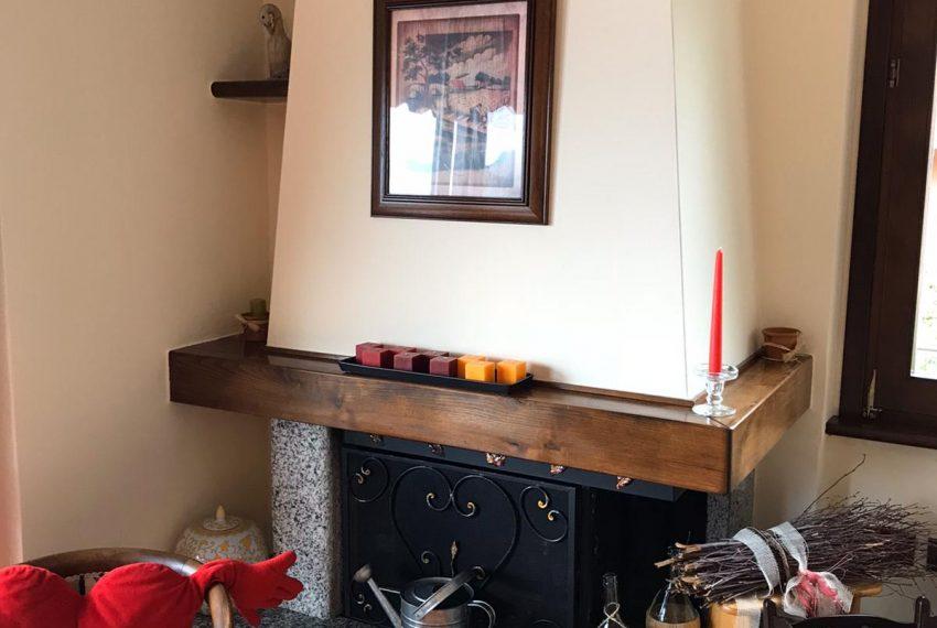 6. Living-room detail