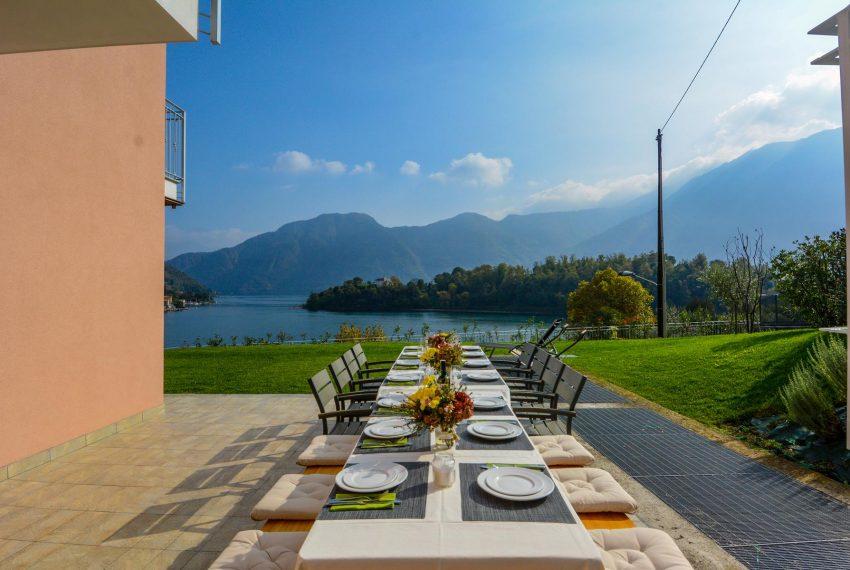 6. Villa Ossuccio with beautiful lake view