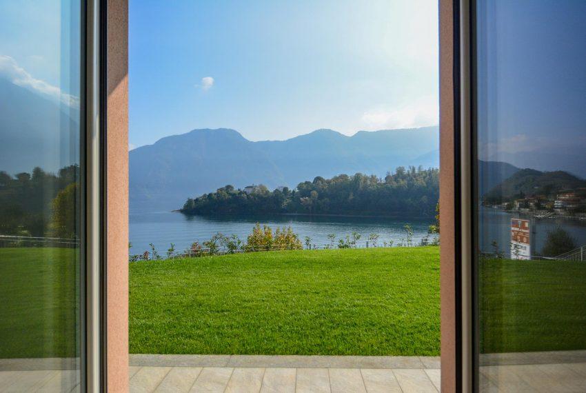 8. Amazing view Villa Ossuccio Lake Como