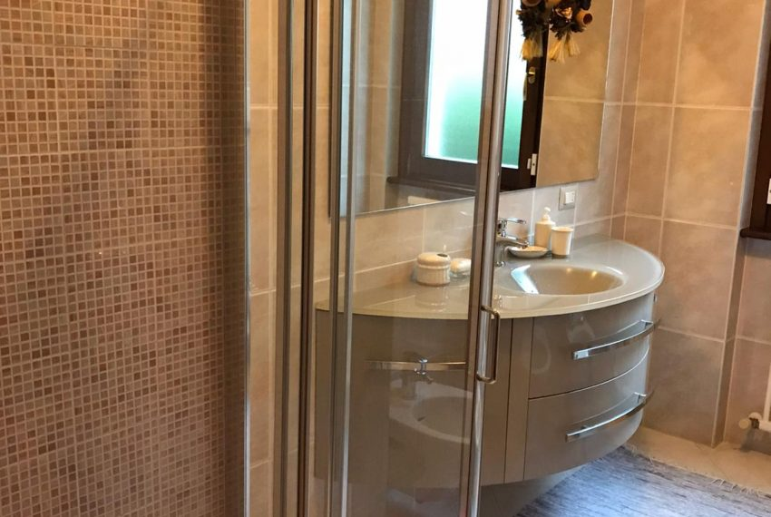 9. Bathroom with shower