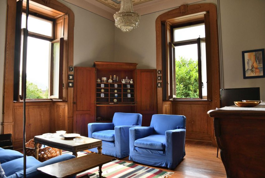 13. Lounge elegant Villa Castiglione Intelvi