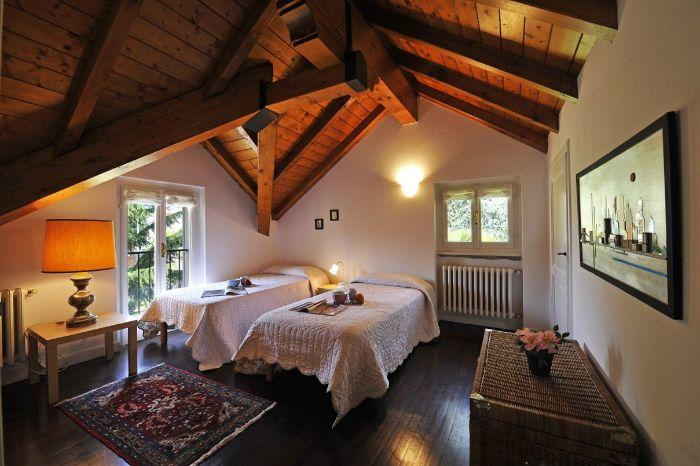 16. Secon level bedroom with double bed Lenno Centre Villa on Lake Como