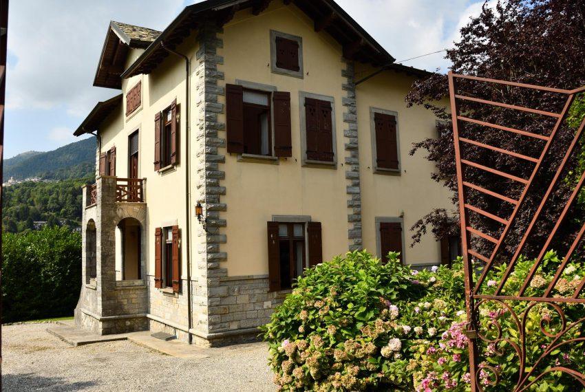 2. Elegant Villa in Castiglione Intelvi