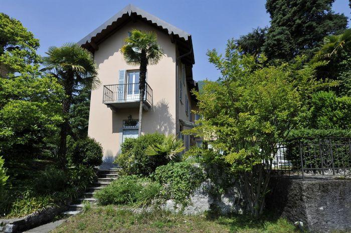 2. Lenno Centre Villa within 5 minutes walk to the Lake