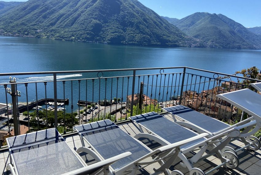 4. Argegno apartment and Lake view