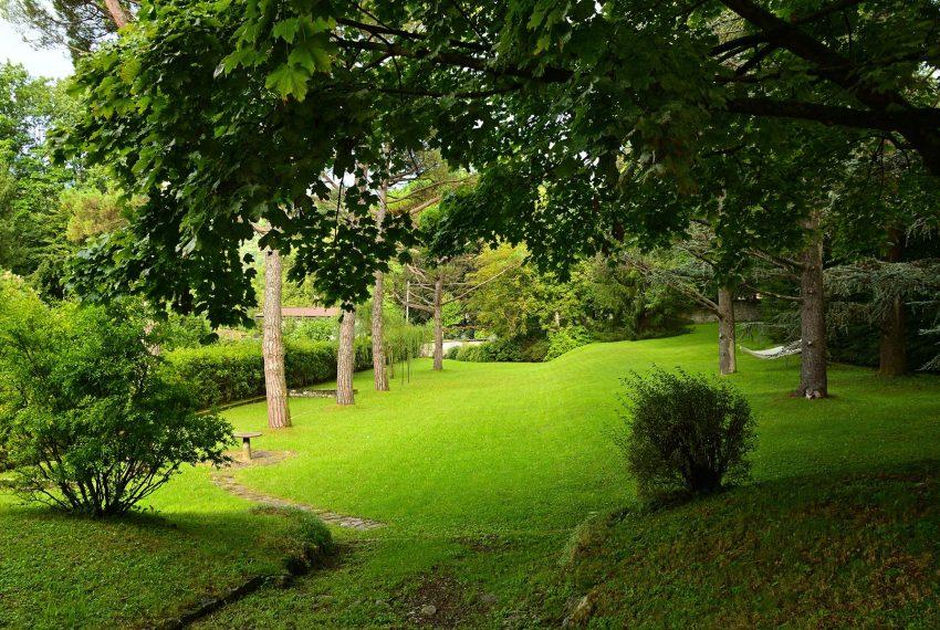 4. Huge garden Villa Castiglione Intelvi Lake Como